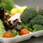 Kids eating more fruits, veggies under healthier school lunch guidelines