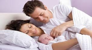 Первые дни кормления новорожденного