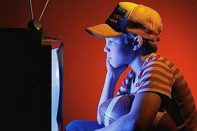 Ограничиваем время просмотра телевизора для дошкольников