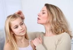 Педикулез у ребенка: как быть