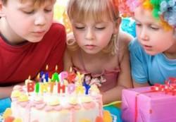 Как устроить детский праздник дома?