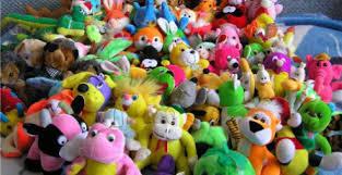 Изобилие игрушек делает ребенка несчастным