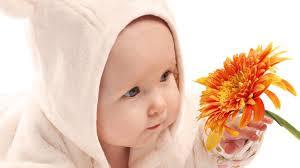 Насколько тепло должно быть младенцу?