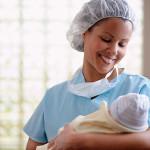 Новорожденный: какие звуки полезны? Развиваем слух
