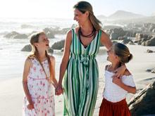 Дети лучше относятся к матерям, поощряющим их самостоятельность
