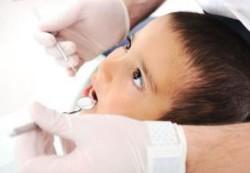 Как уберечь зубы первоклашки от кариеса