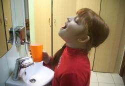 У ребенка заболело горло: что делать?
