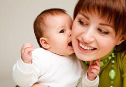 Ребенок в неполной семье: чем он рискует?