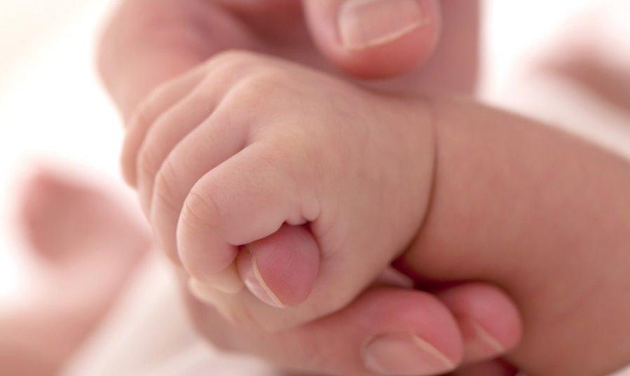 Дети, зачатые с помощью ЭКО, в два раза чаще страдают от аутизма