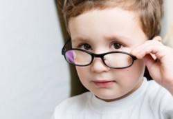 Как правильно проводить профилактику проблем со зрением у детей