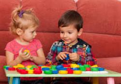 Пятилетние дети с трудом контролируют свое поведение