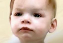 Депрессия отца провоцирует плач у ребенка