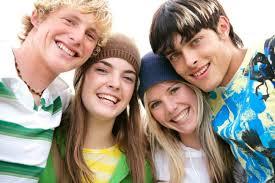 Как трудный возраст подростков доставляет множество хлопот родителям