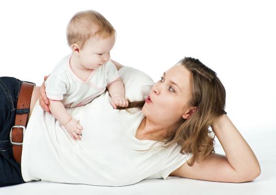 Почему нужно брать ребенка на руки