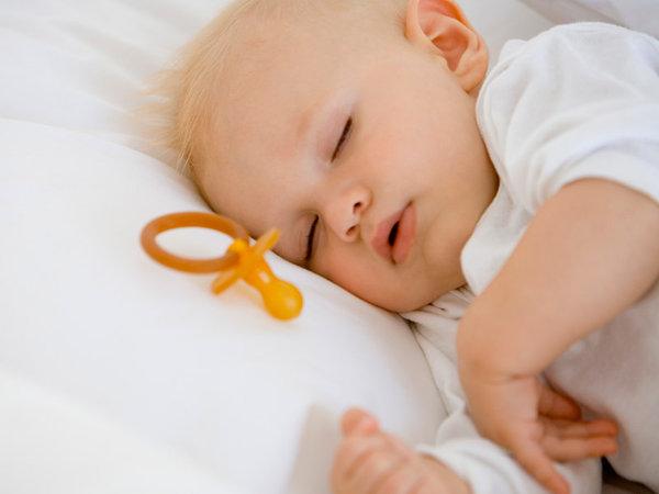Как сделать так, чтобы ребенок не просыпался среди ночи
