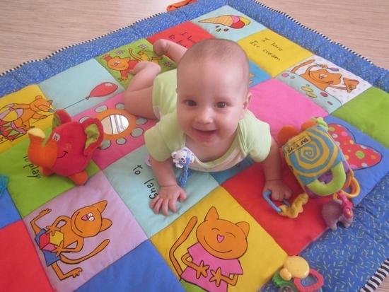 Развивающие игры для восьмимесячных детей