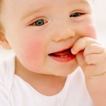 Что делать, если у ребенка повысилась температура при прорезывании зубов