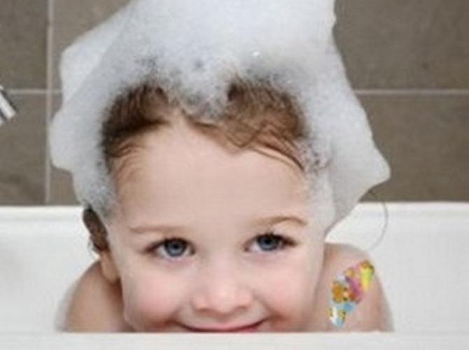 Выяснилось, что скрывают шампуни для детей