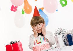 Как преподнести ребенку подарок