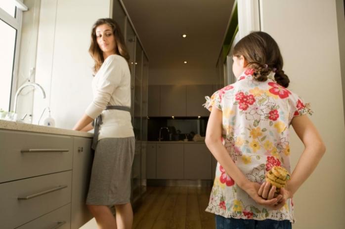 Детское воровство: почему это происходит в хороших семьях?