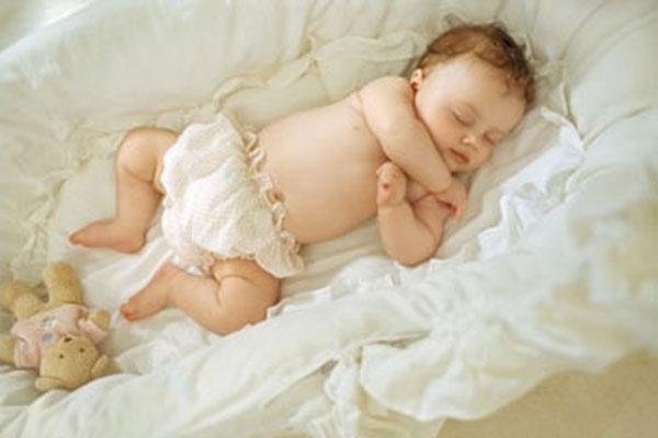 Как упростить засыпание ребенка в месячном возрасте