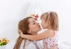 Как научить ребенка любить?