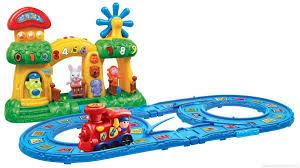 Как выбрать подарок ребенку в магазине игрушек