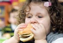 Ученые: мультфильмы могут привести детей к ожирению