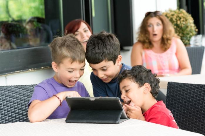 Как говорить с детьми о школе?