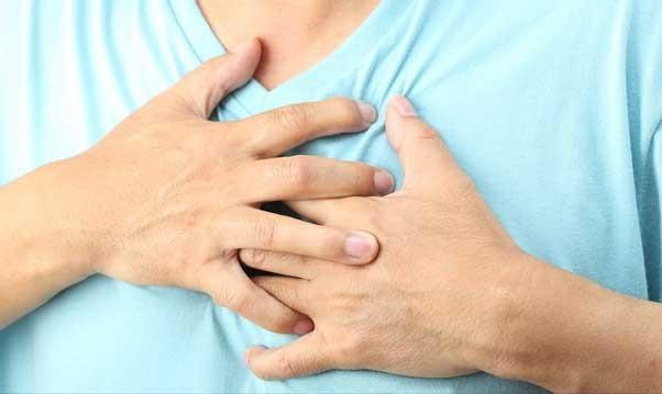 Причины боли в грудной клетке
