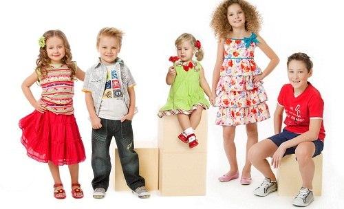 Какую одежду предпочитают выбирать родители для своих малышей и где ее покупают?