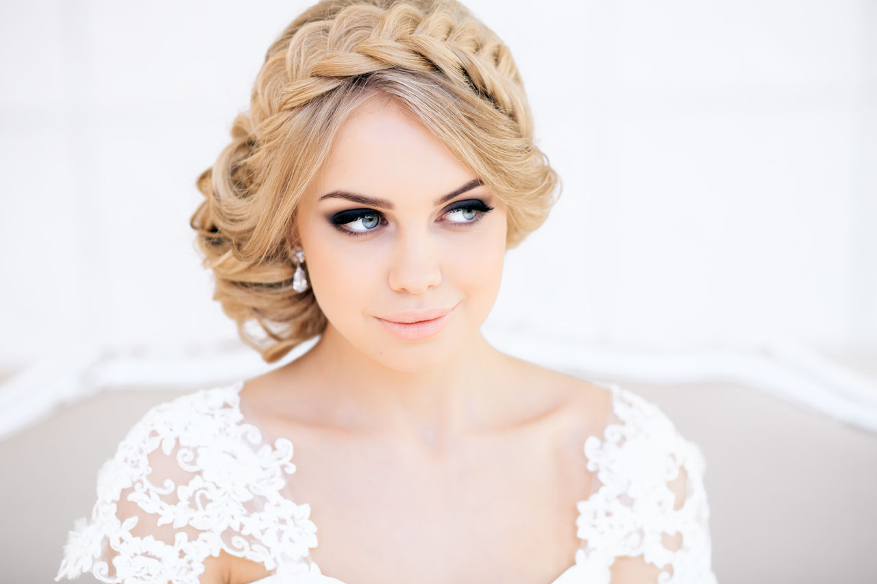 Как подобрать прическу на свадьбу?
