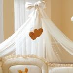 Как крепить балдахин на детскую кроватку?