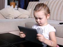 Планшеты лишают детей сил, утверждают эксперты
