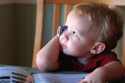 Ученые: мобильные телефоны вызывают аллергию у детей