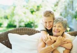 Бабушки и внуки: как правильно построить отношения