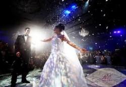 Искусственный снег для праздника