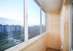 Остекление балкона с помощью алюминиевого профиля
