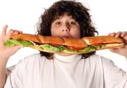 Ожирение у детей: диетолог назвал 5 шагов к спасению ребенка