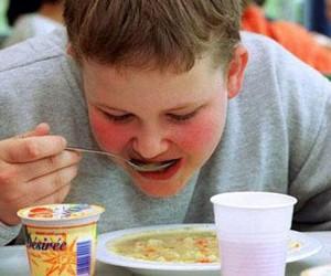 Дети разведенных родителей страдают от ожирения