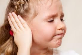 У ребёнка болят уши