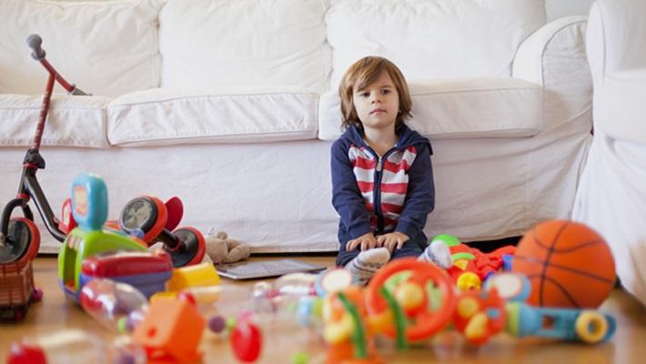 Когда ребенку покупать игрушки