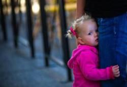 Застенчивость в детстве повышает риск ожирения