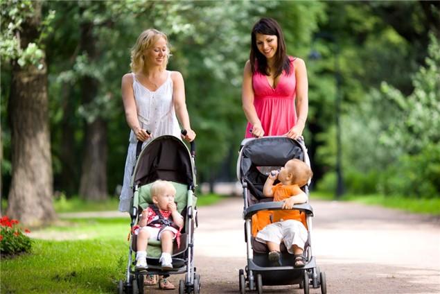 Первое средство передвижения: выбираем коляску для новорожденного