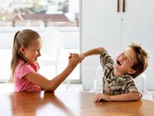 Младшие дети страдают от сниженной самооценки, доказал опрос