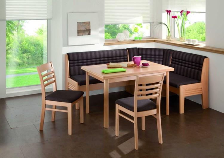 Особенности выбора мягкой мебели на кухню