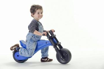 Подбираем правильный транспорт ребенку на лето