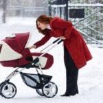 Холодно ли грудничку на улице: как проверить