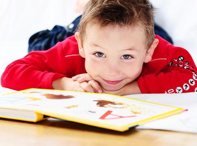 Готовим ребенка к школе: как избежать сколиоза