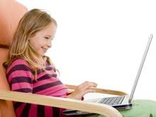 Сидячий образ жизни — одна из причин боли у детей